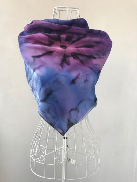 Копринен шал Морско цвете (вариант 1)
